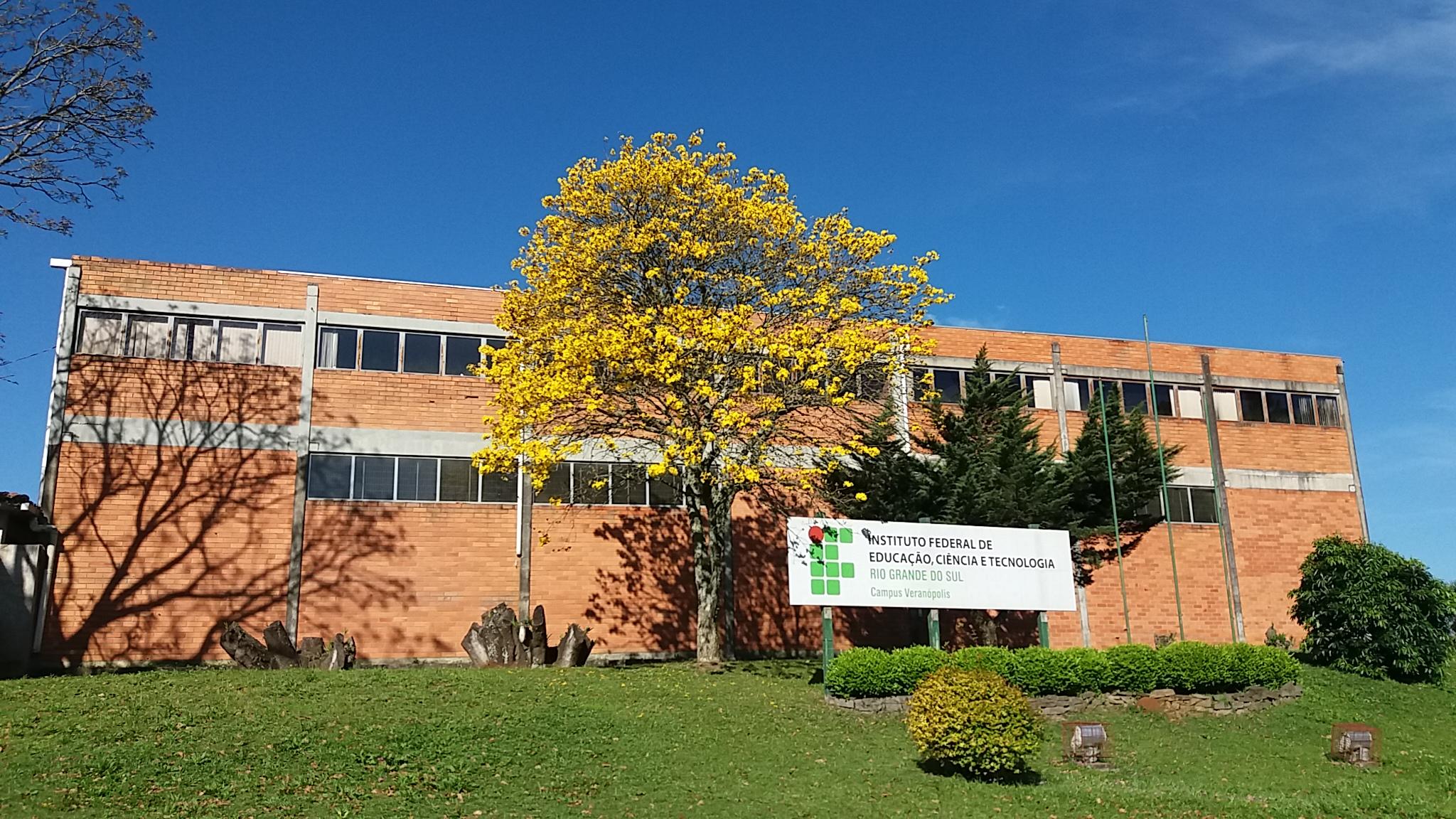 Fachada do Campus Veranópolis. Data: 2016.