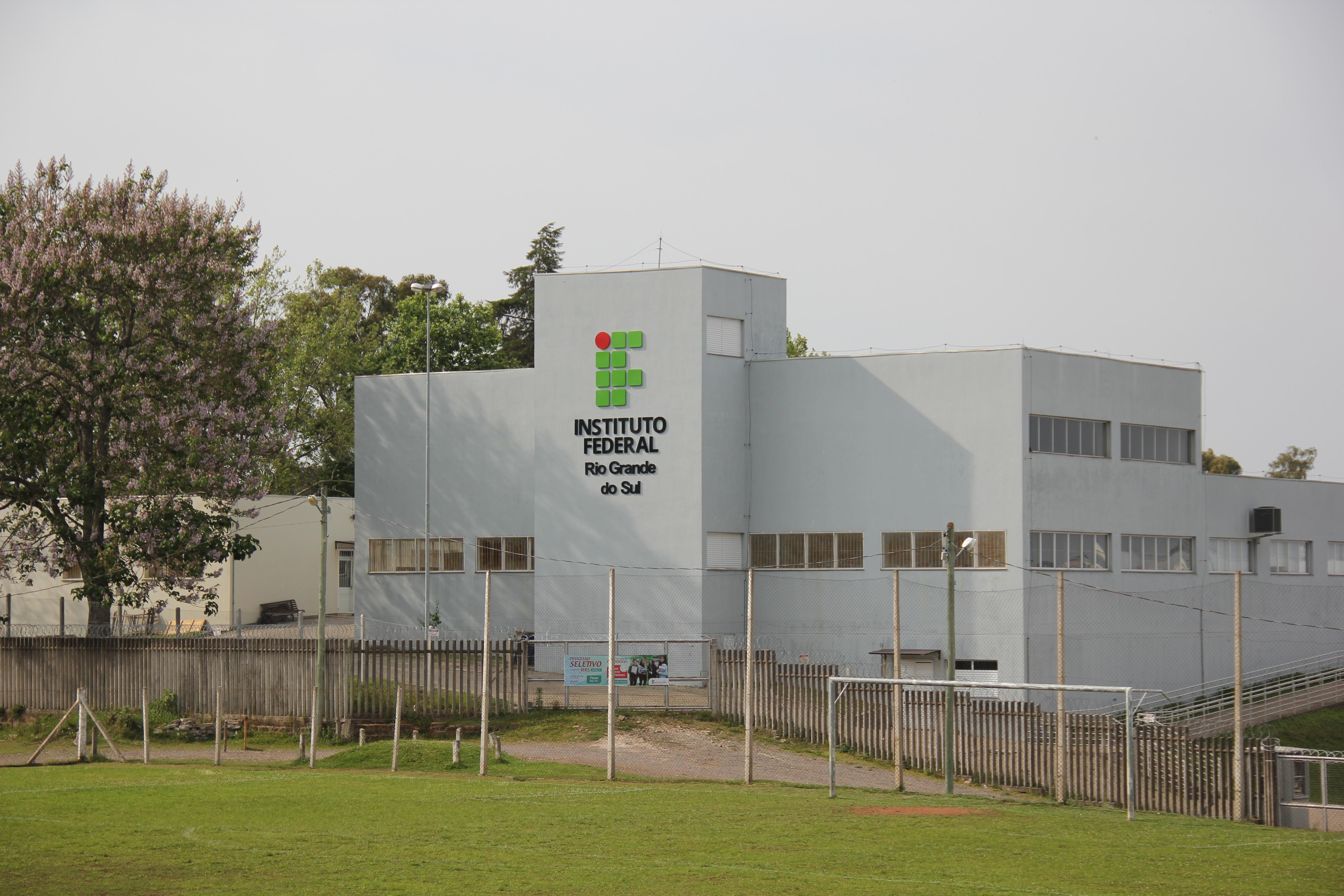 Fachada do Campus Caxias