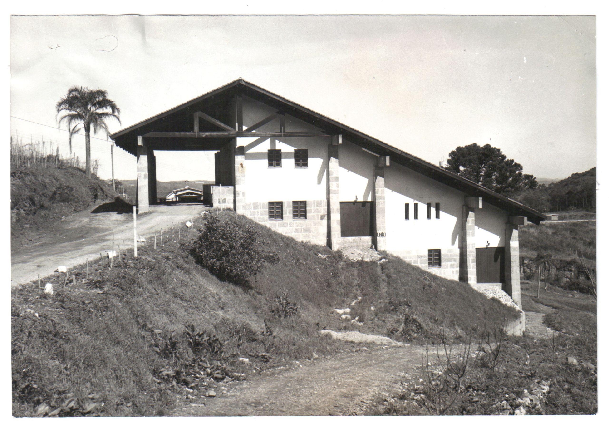 Inauguração da Vinícola-Escola (1979) do Colégio Viticultura e Enologia - atual Campus Bento Gonçalves